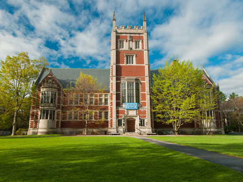 Bowdoin College Best Liberal Arts in Psychology