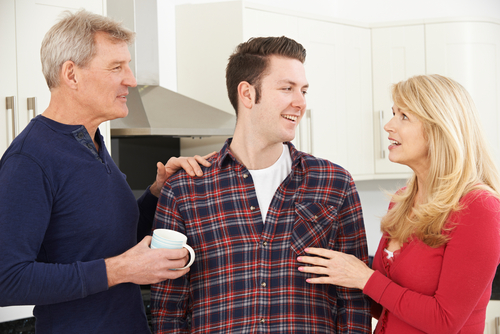 5 Tips for Creating Healthy Boundaries With Your Parents in Adulthood